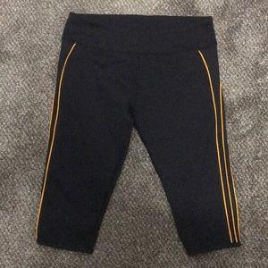 Fabletics short leggings